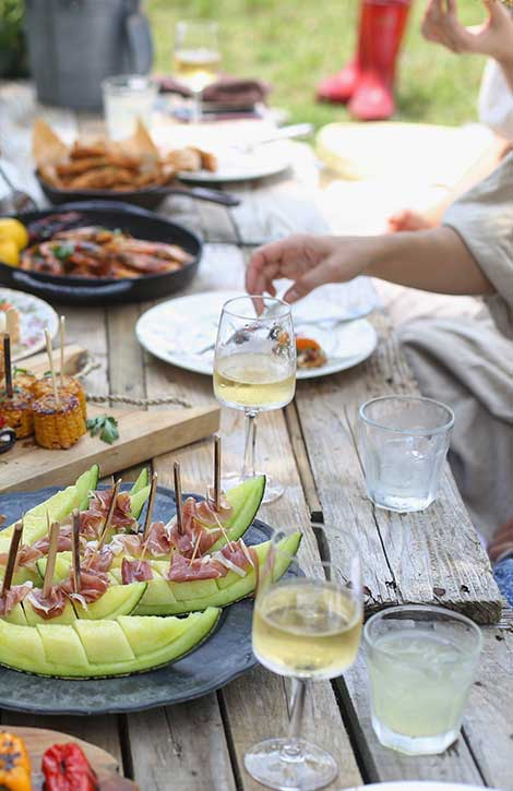 Outdoor Dining Essentials